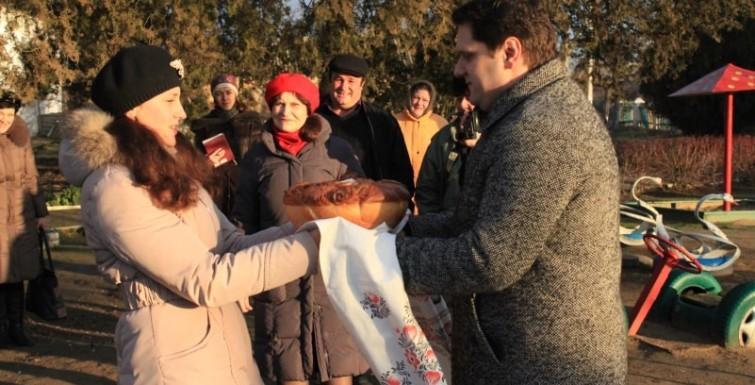 Александр Урбанский посетил населенные пункты своего округа