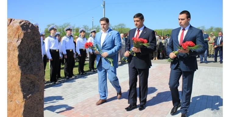 Александр Урбанский принял участие в мероприятиях Дня памяти и примирения