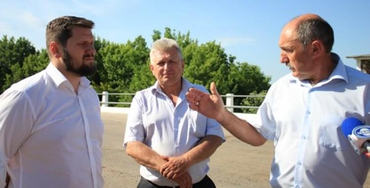 Александр Урбанский проинспектировал ремонт дорог в Измаильском районе